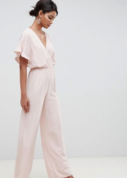 d2a8263beaae 12 Jumpsuits That Aren t An Absolute Nightmare To Pee In