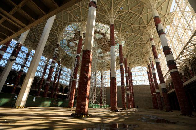 Le président Bouteflika inspecte les travaux d'avancement de la Grande Mosquée