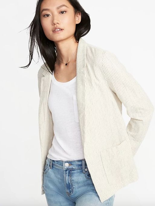 "Get it <a href=""https://oldnavy.gap.com/browse/product.do?pid=220477022&cid=1081744"" target=""_blank"">here</a>, $37."