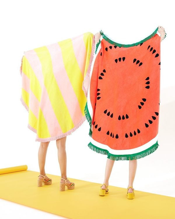 "Get it on <a href=""https://www.bando.com/collections/beach-towels/products/all-around-giant-circle-towel-watermelon"" target="""