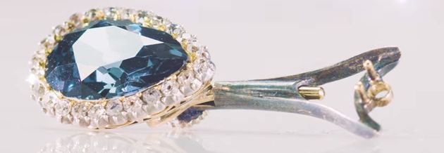 Για $6,7 εκ. πωλήθηκε το διαμάντι Farnese blue, με αριστοκρατική ιστορία 300