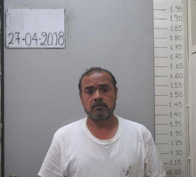 Στη δημοσιότητα τα στοιχεία του 49χρονου που κατηγορείται για ασέλγεια σε βάρος της 16χρονης κόρης του...