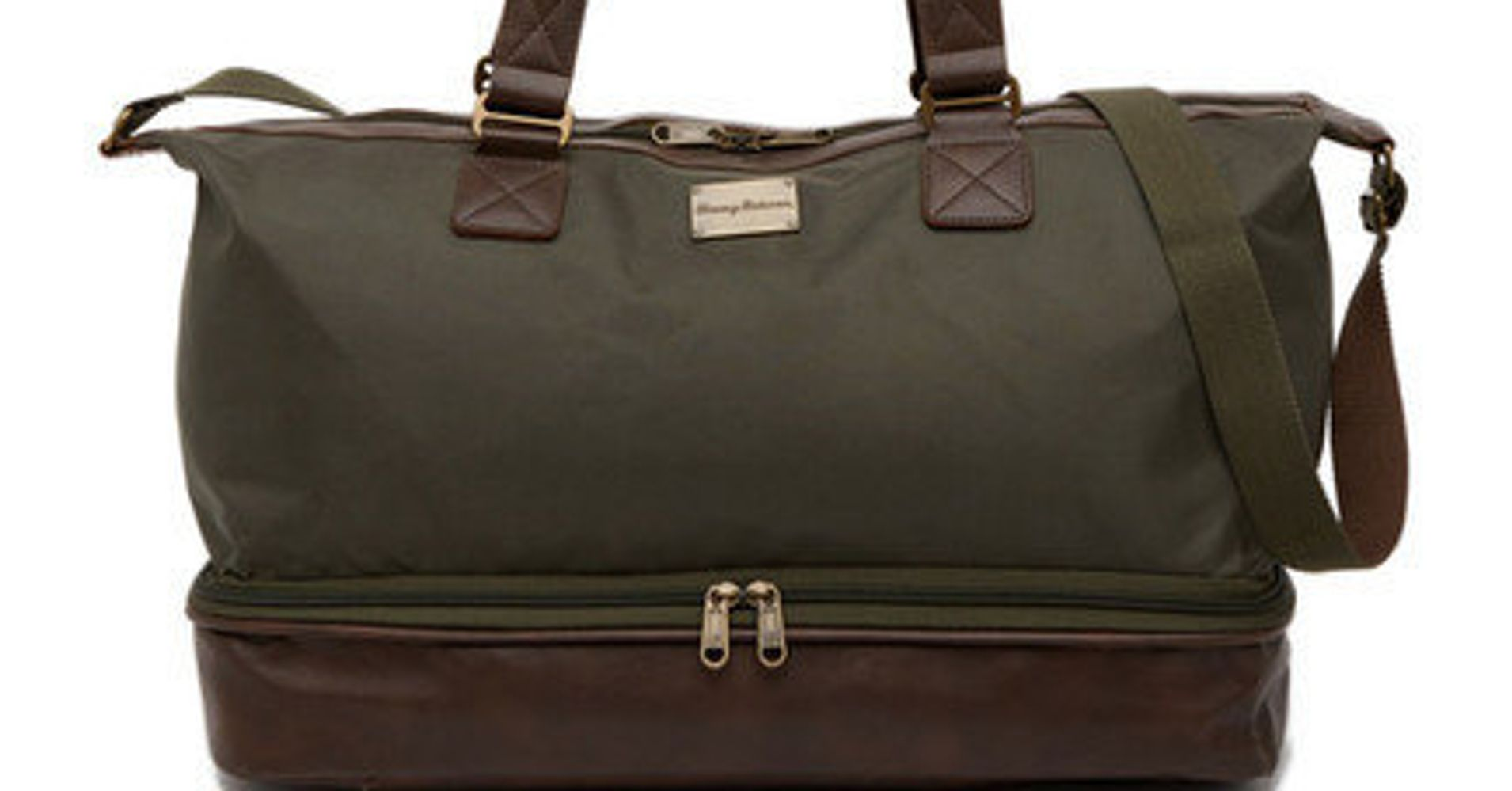 ffeca74fcbf 12 Spacious Weekend Bags With Shoe Compartments