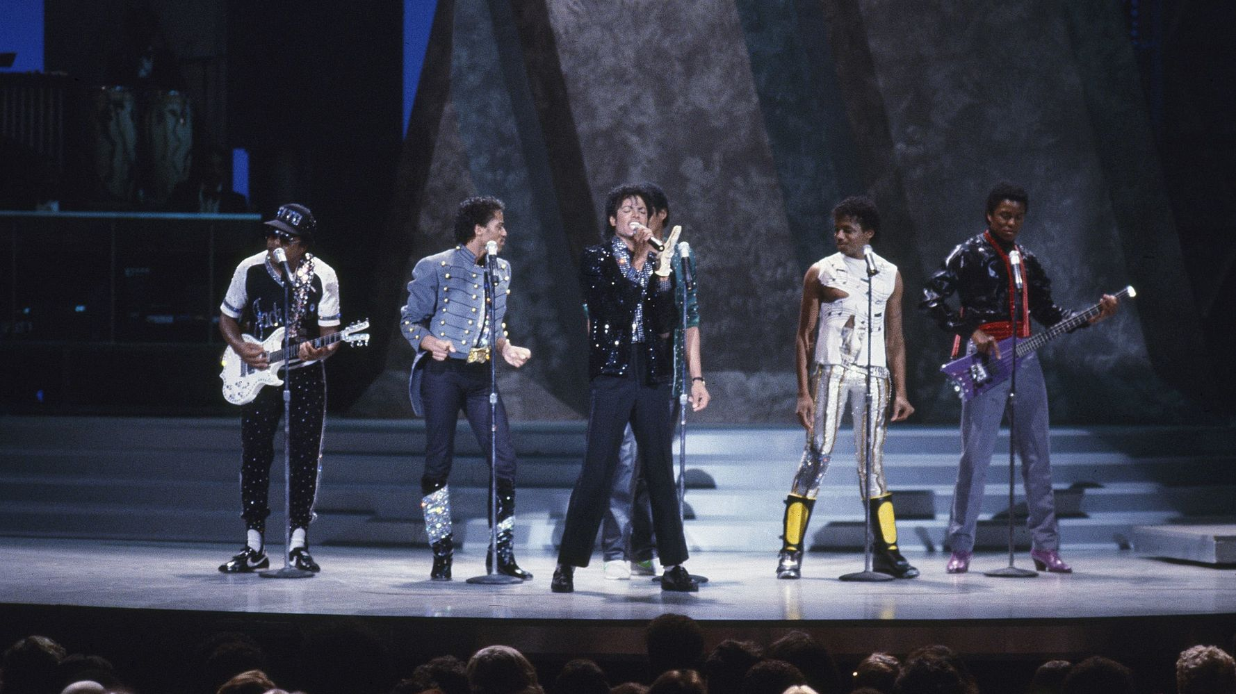 35 Years Ago Today, Michael Jackson Moonwalked On TV For The