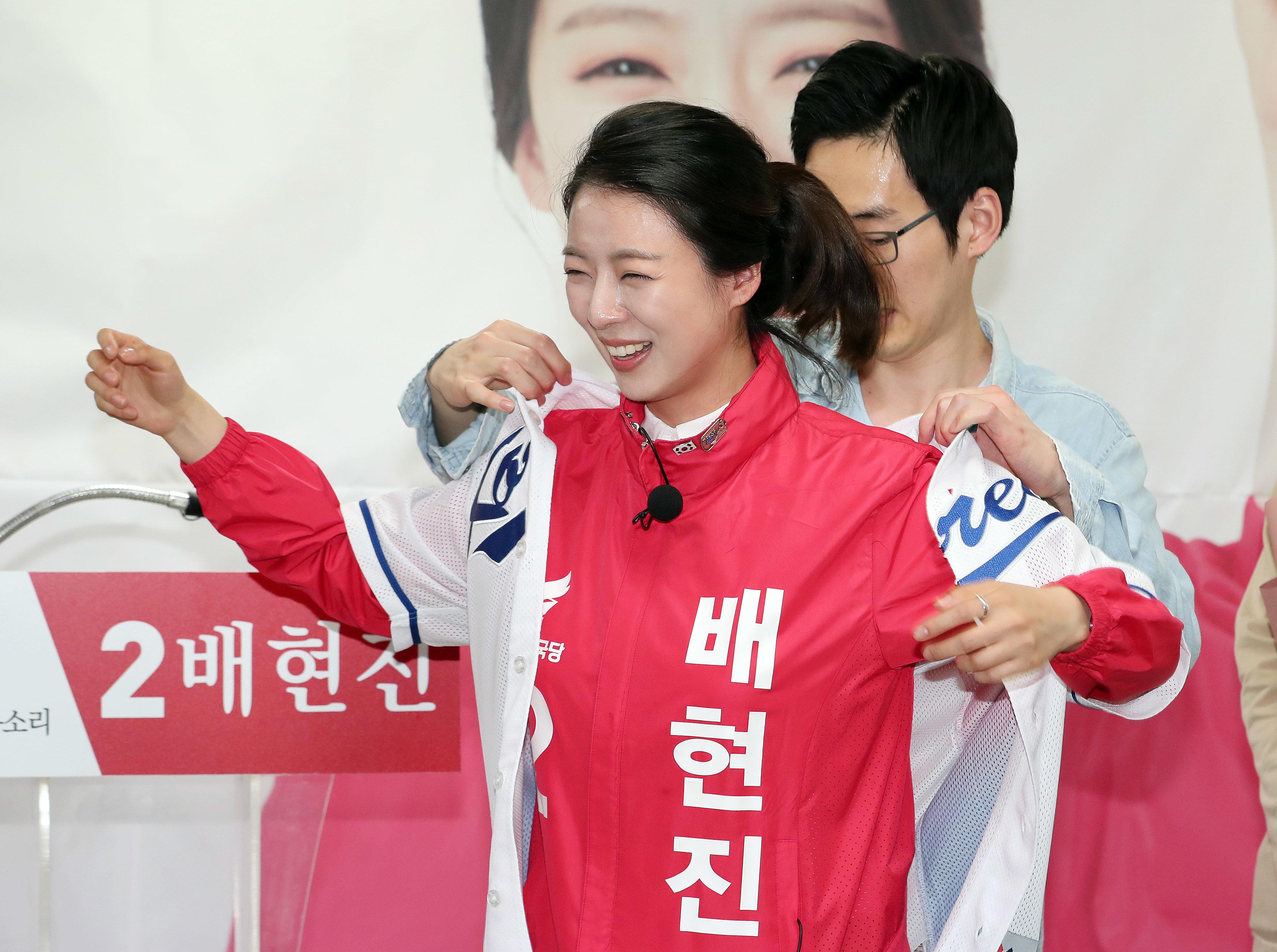 자유한국당 배현진과 강연재 후보에 대해 정두언 전 의원이 내놓은