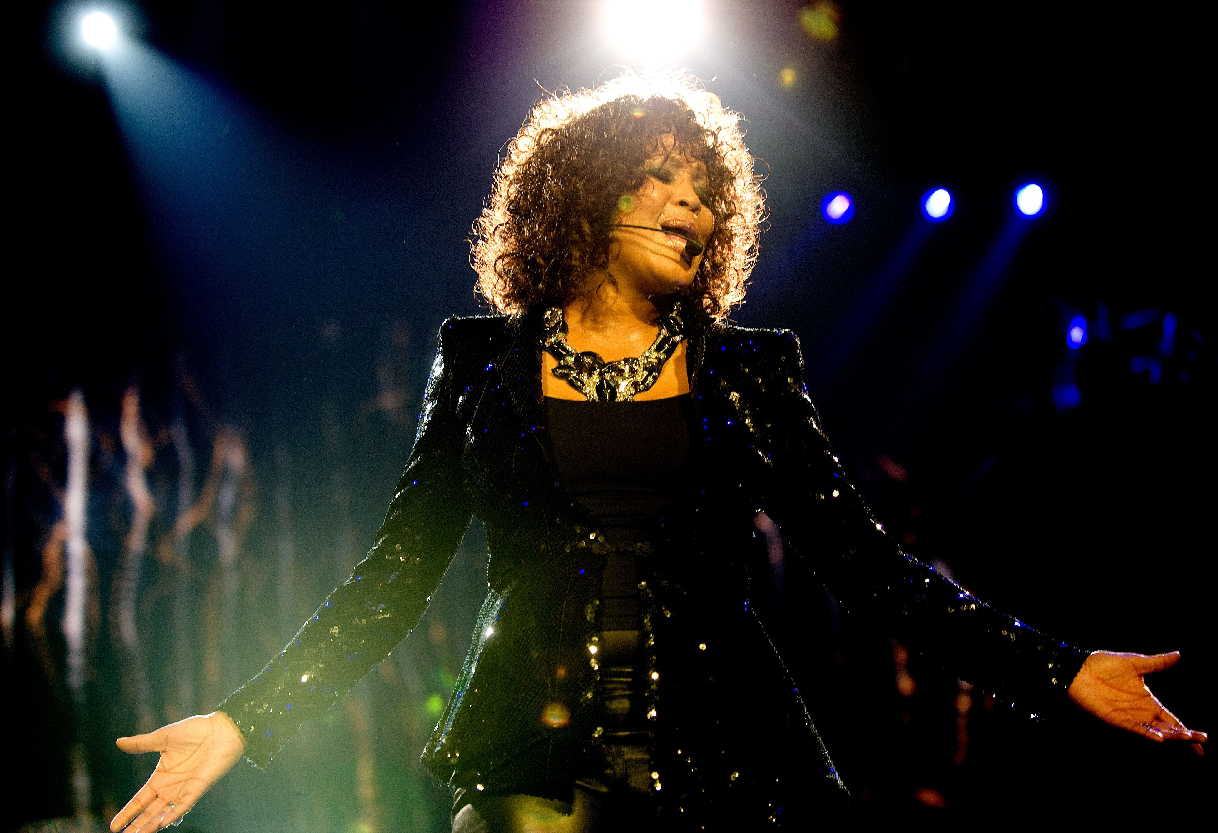 Whitney Houston Doc Includes Accusation That Cousin Dee Dee Warwick Molested Her