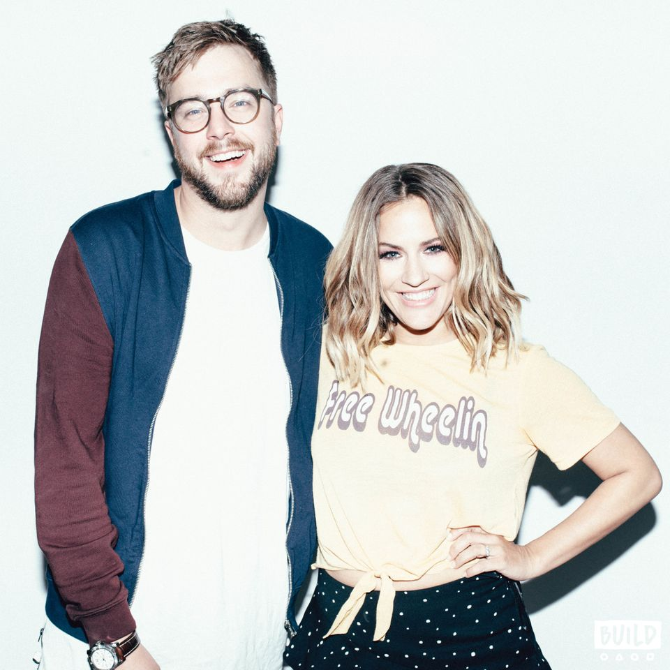 'Love Island' 2018 Rumours: Caroline Flack And Iain Stirling Separate Fact From