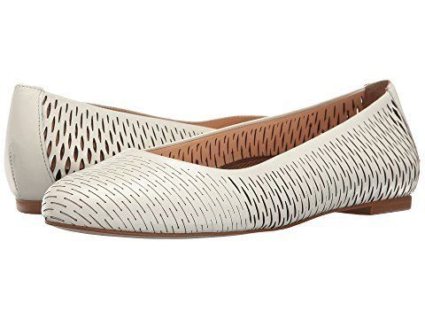 2e9cd885749 17 Comfortable Flats You Can Wear With Anything And Walk For Miles ...