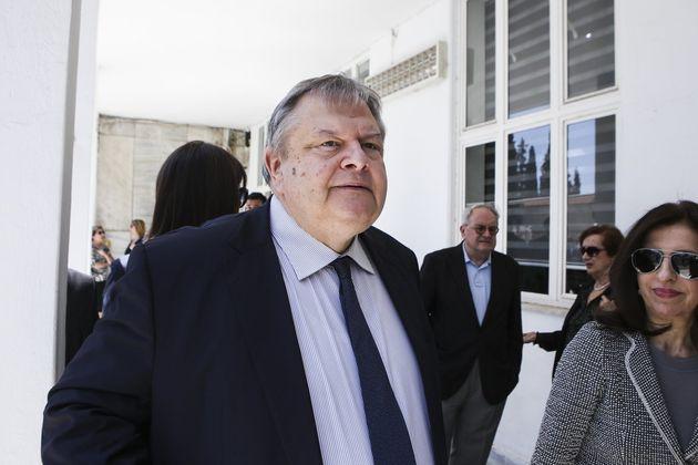 Βενιζέλος: Ο υπουργός Δικαιοσύνης έχει απολέσει κάθε αίσθηση νομιμότητας και κάθε σεβασμό στη διάκριση...