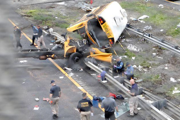 ΗΠΑ: Σχολικό λεωφορείο διαλύθηκε μετά τη σύγκρουσή του με