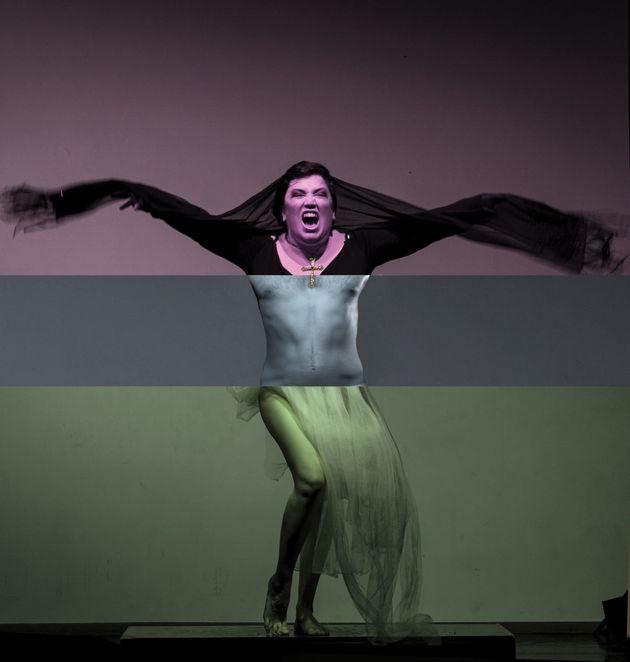 «Όλο το θέατρο (σε πέντε σκηνές και δέκα παραλλαγές)» από τη Δραματική Σχολή Ωδείου