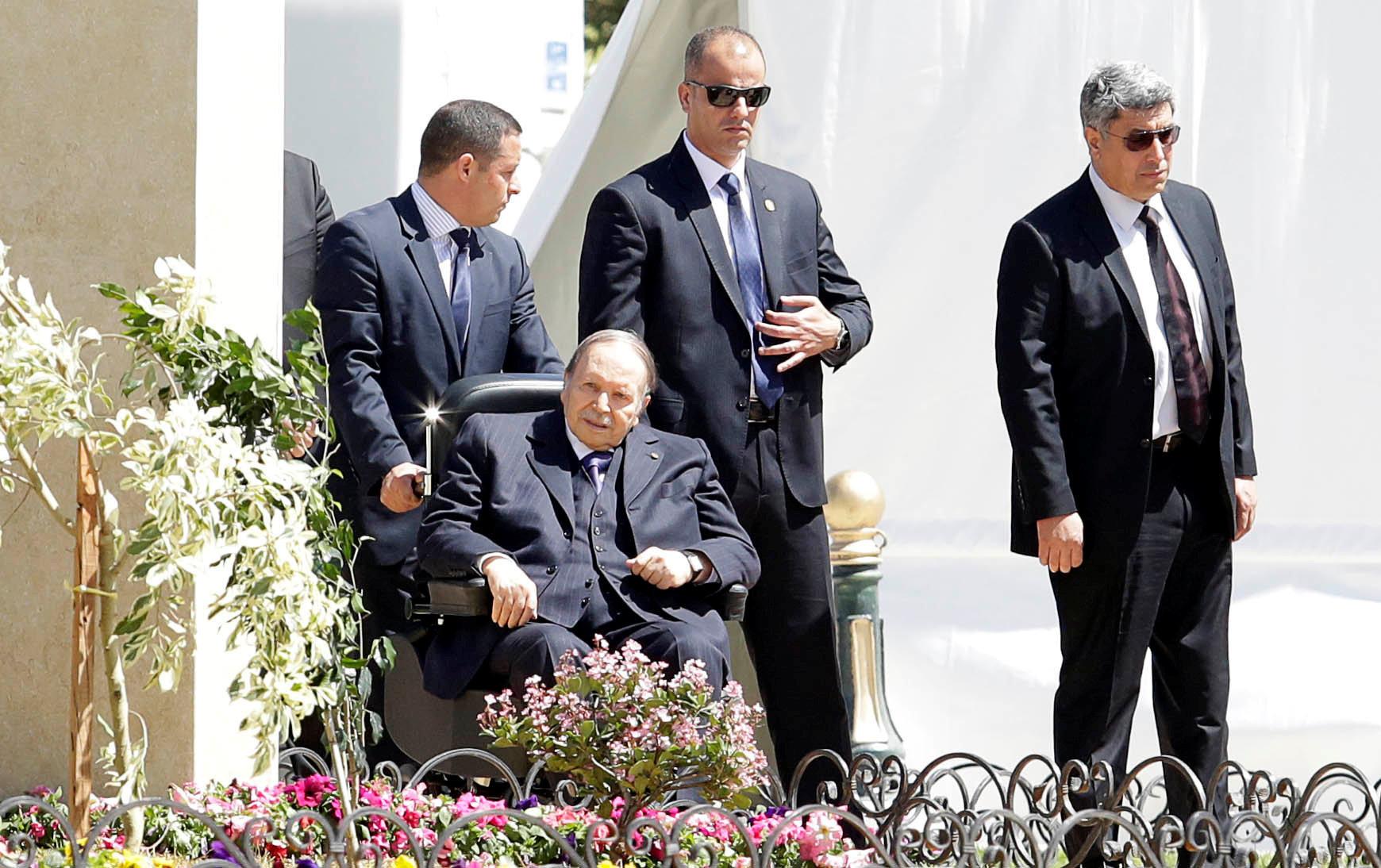 Bouteflika appelle à la préservation de l'Ecole et de l'Université des conflits idéologiques et