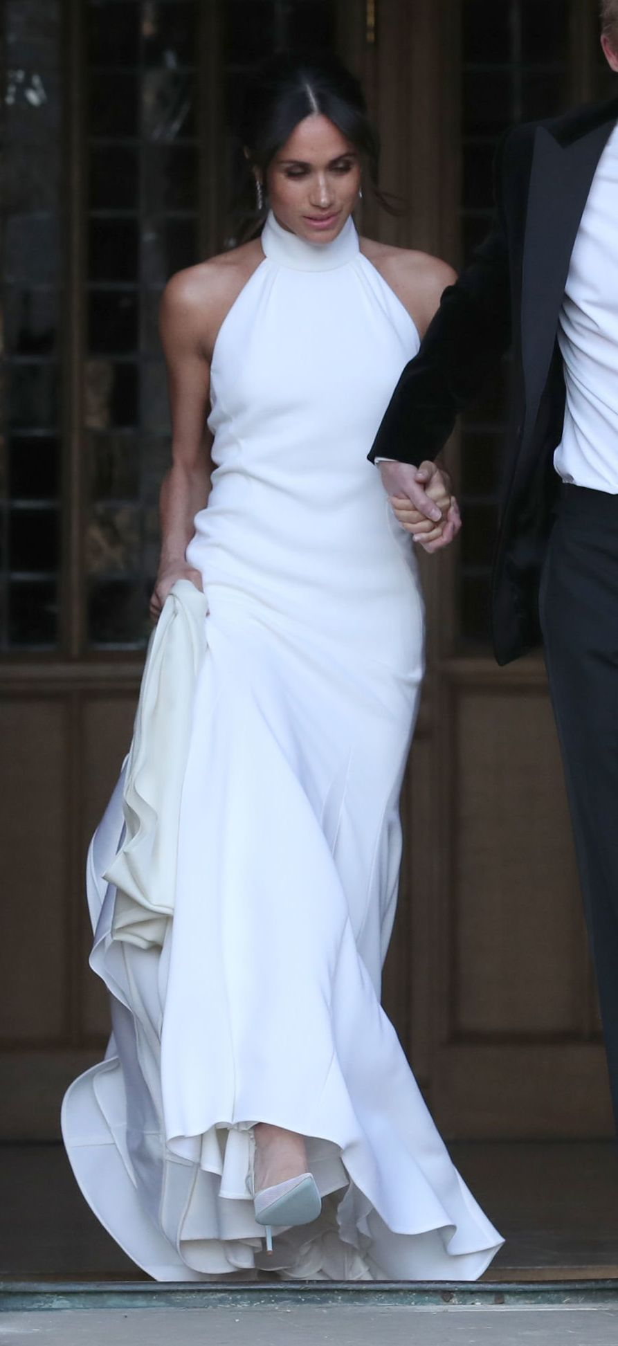 Royal Wedding: Meghan Markle Reveals Stunning Evening Dress