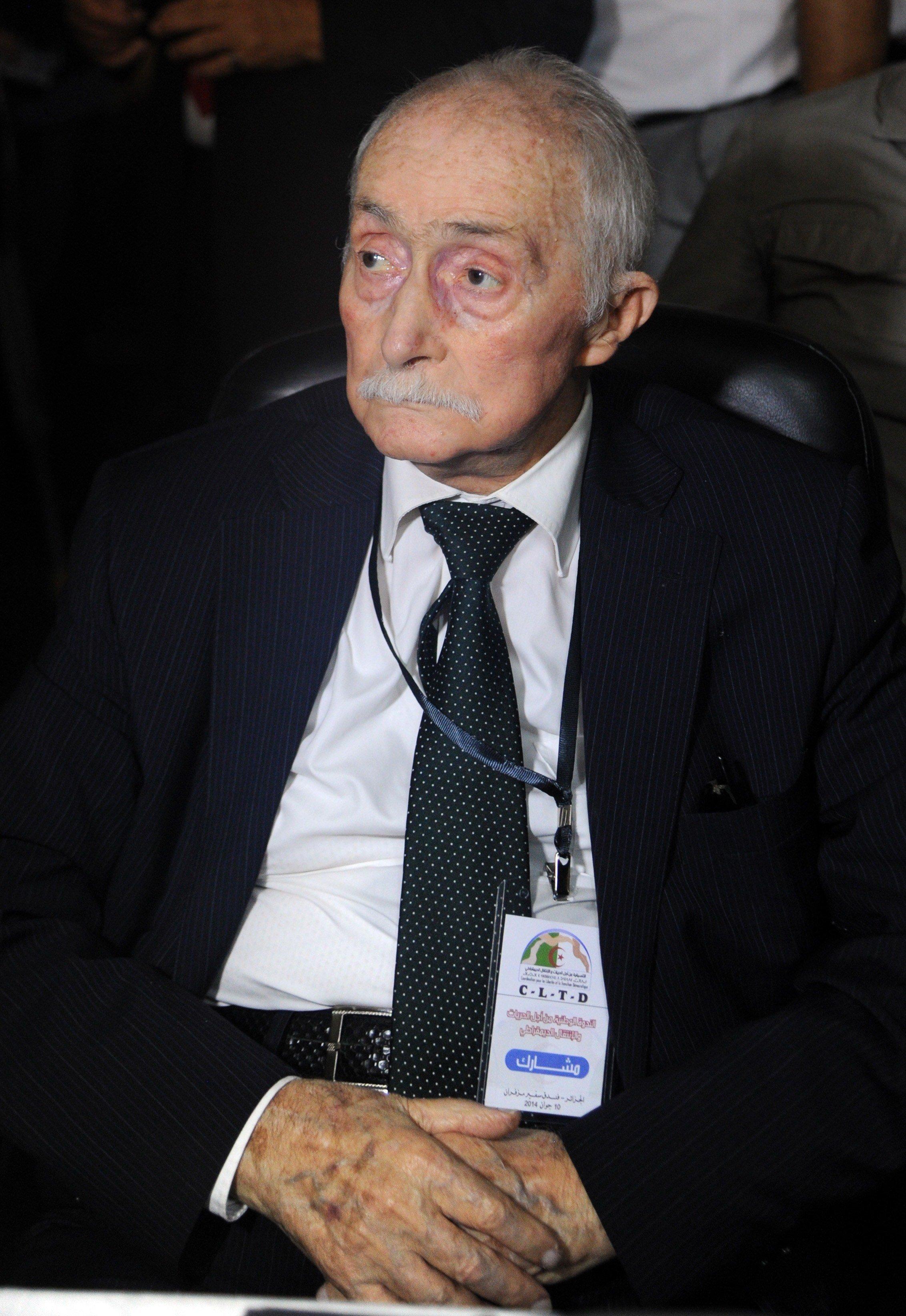 Ali Yahia Abdenour lors d'une conférence à Alger, le 10 juin