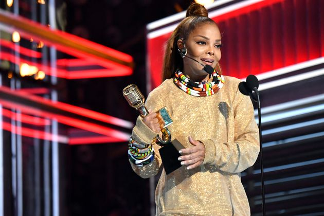 40a4df387c Billboard Music Awards: 'Icon' Janet Jackson Hails Women For ...