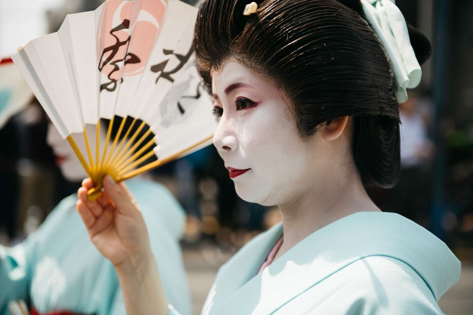 Sanja Matsuri Festival. Όταν τα μέλη της Yakuza επιδεικνύουν ημίγυμνα τα τατουάζ τους και οι γκέισες...