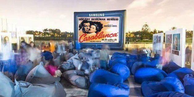 Du cinéma en plein air à Casablanca pendant