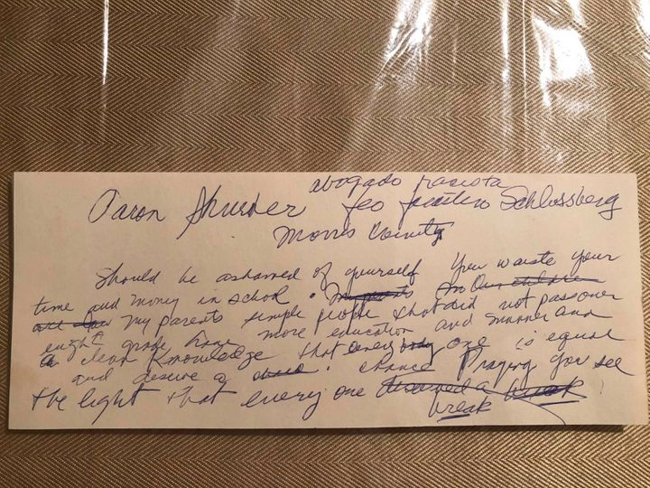 A note that the author's abuela wrote to herself after the Schlossberg incident.