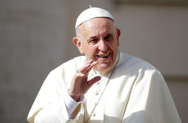 Πάπας Φραγκίσκος σε Χιλιανό που κακοποιήθηκε σεξουαλικά από ιερέα: ο Θεός σε έκανε ομοφυλόφιλο και σε...