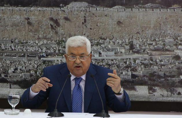 Le président palestinien Abbas atteint de pneumonie, santé en