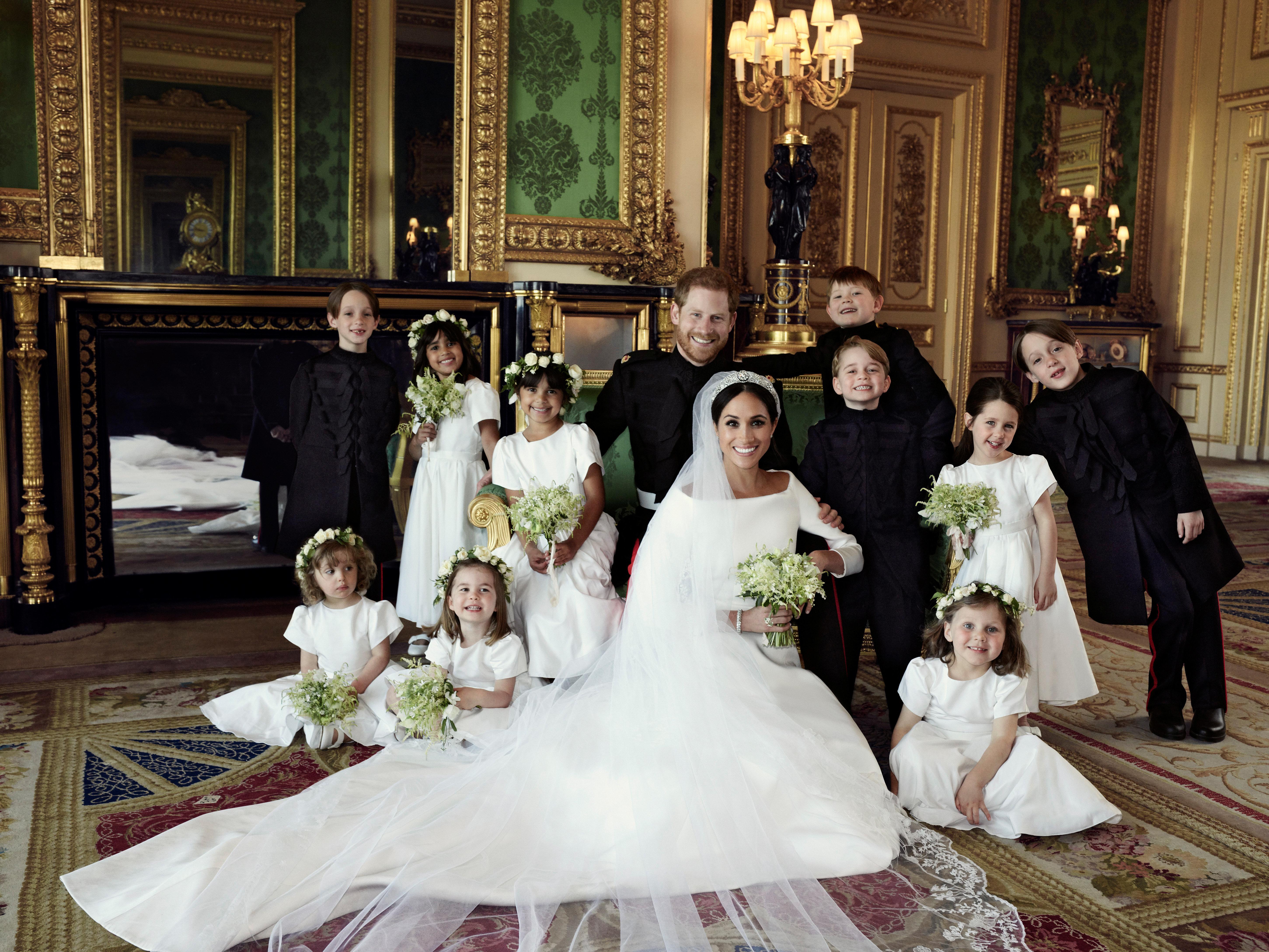영국 왕실이 공개한 해리왕자와 메간마클의