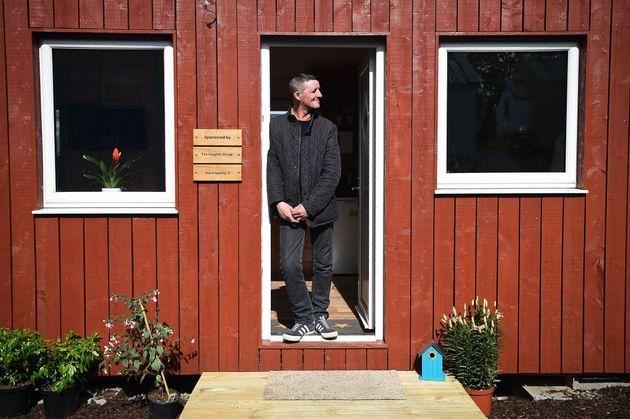 Στο Εδιμβούργο έφτιαξαν από την αρχή ένα πανέμορφο χωρίο με 11 σπίτια για 20 πολύ ξεχωριστούς