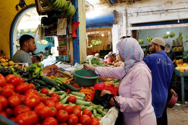 Les prix des fruits, légumes et carburants en hausse au mois