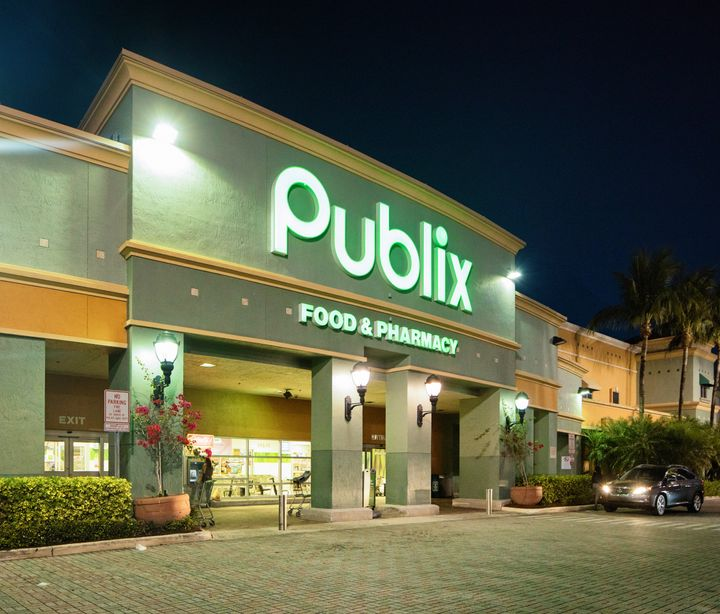 Publix, which has over 1,000 stores across the southeast, has donated more than a half a million dollars to gubernatorial can