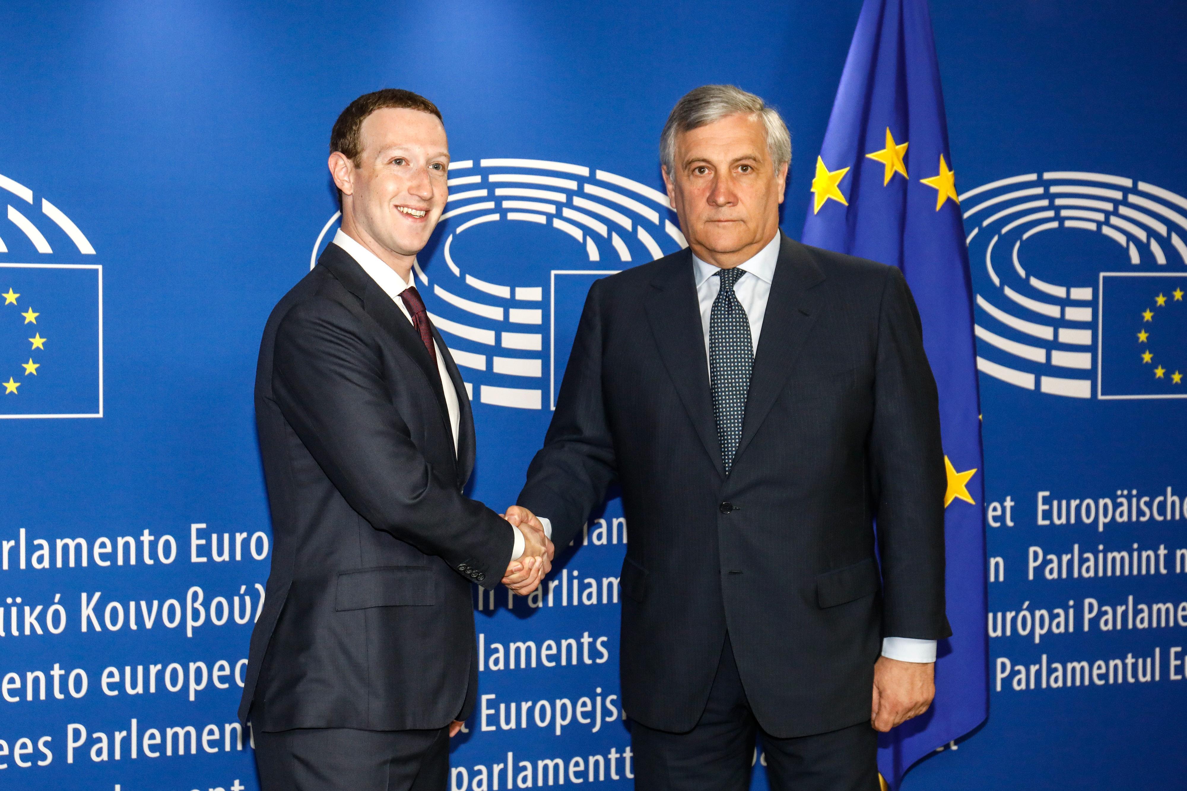 Facebook-Chef Zuckerberg führt Europas Spitzenpolitiker vor – er hatte leichtes