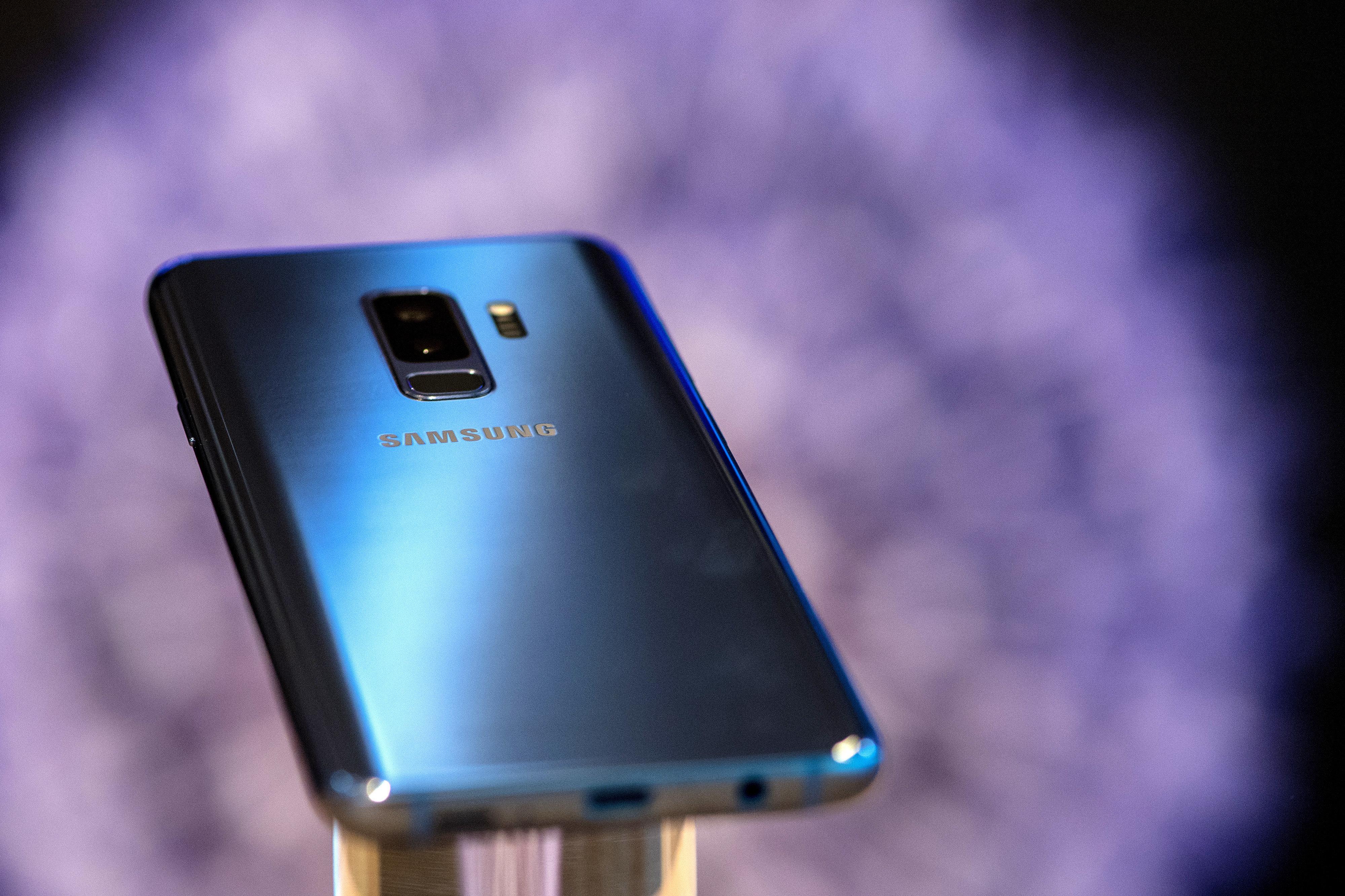 국내 특허기술에 인텔은 100억 냈는데 삼성은 버티고 있다