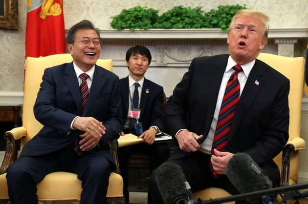 트럼프가 처음으로 '북한 단계적 비핵화' 가능성을