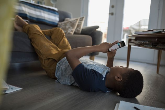 A Quarter Of Kids Regret Live Video They Post On Apps: Here's How Parents Can