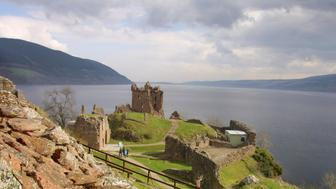 (Original Caption) The ruined Urquhart Castle towering over the western shore of Loch Ness at Drumnadrochit. The loch is famed for the mythical monster Nessie which has been spotted by people from all over the world. (Photo by Colin McPherson/Sygma via Getty Images)