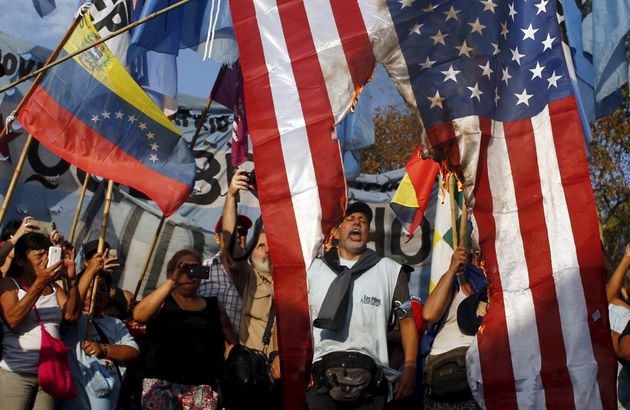 Δύο διπλωμάτες της Βενεζουέλας στις ΗΠΑ διατάχθηκαν να εγκαταλείψουν την αμερικανική επικράτεια εντός...