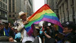 Ian McKellen: Το μισό Χόλιγουντ είναι gay, αν και στις ταινίες οι gay άντρες είναι