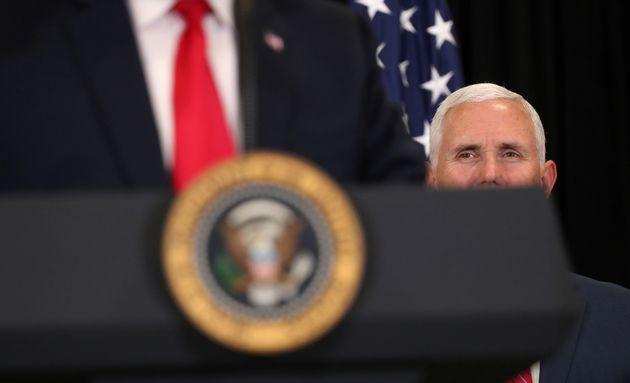 Βόρεια Κορέα: «Βλάκας» ο αντιπρόεδρος των ΗΠΑ, Μάικ Πενς- απειλές για «πυρηνική