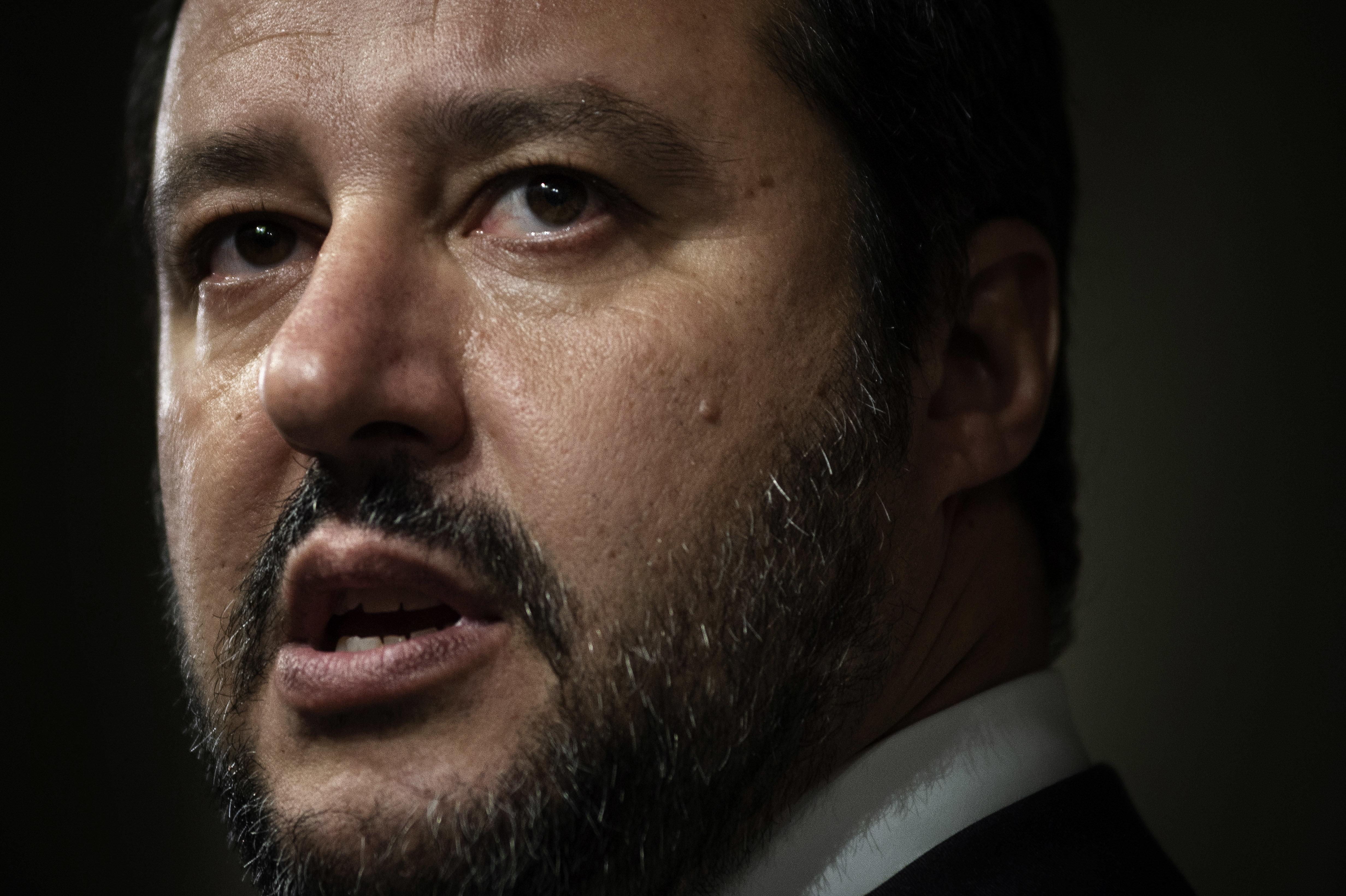 극우와 반기성정치 정당이 연정을 이뤄 이탈리아 정권을 교체한다
