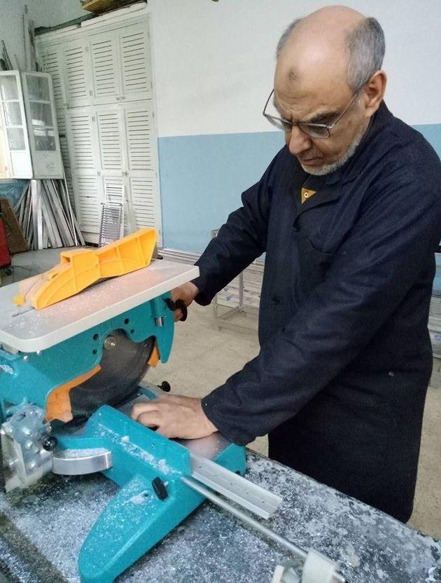 L'ancien chef du gouvernement Hamadi Jebali, ouvrier dans une usine? Son entourage