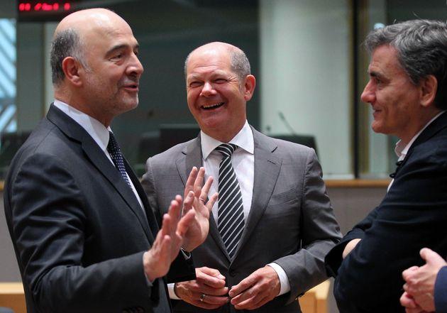 Δέσμευση του Eurogroup για συνολική συμφωνία για το χρέος στις 21