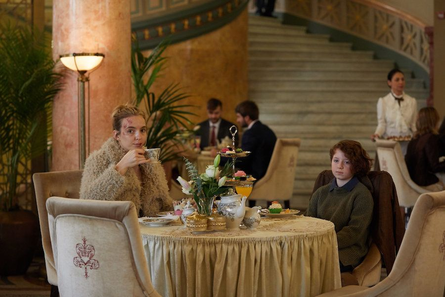 Villanelle splurges on fancy lunch with her hostage, Konstantin's daughter.