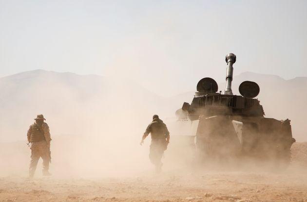 Συρία: Πύραυλοι έπληξαν αποθήκες όπλων της