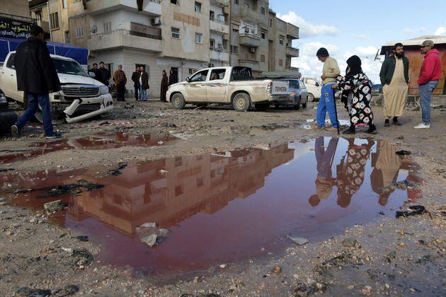 Λιβύη: Τουλάχιστον επτά νεκροί σε επίθεση με παγιδευμένο αυτοκίνητο στη