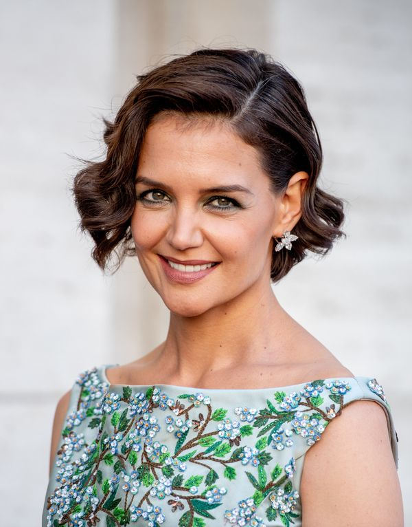 Katie Holmes' cropped cutis fun, flirty and<i></i>great for summer.