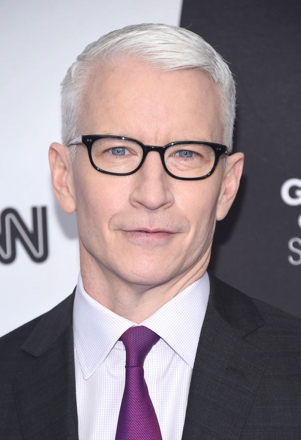 Anderson Cooper's signature silverhairalways looks perfectly groomed.