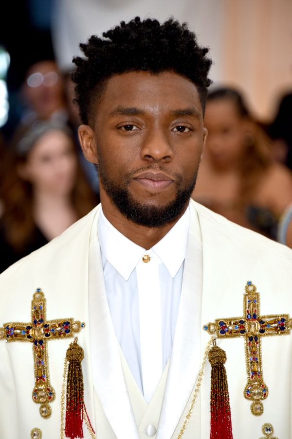 Chadwick Boseman's hair at the 2018 Met Gala featured plenty of volume on top with an expert fade on the sides.