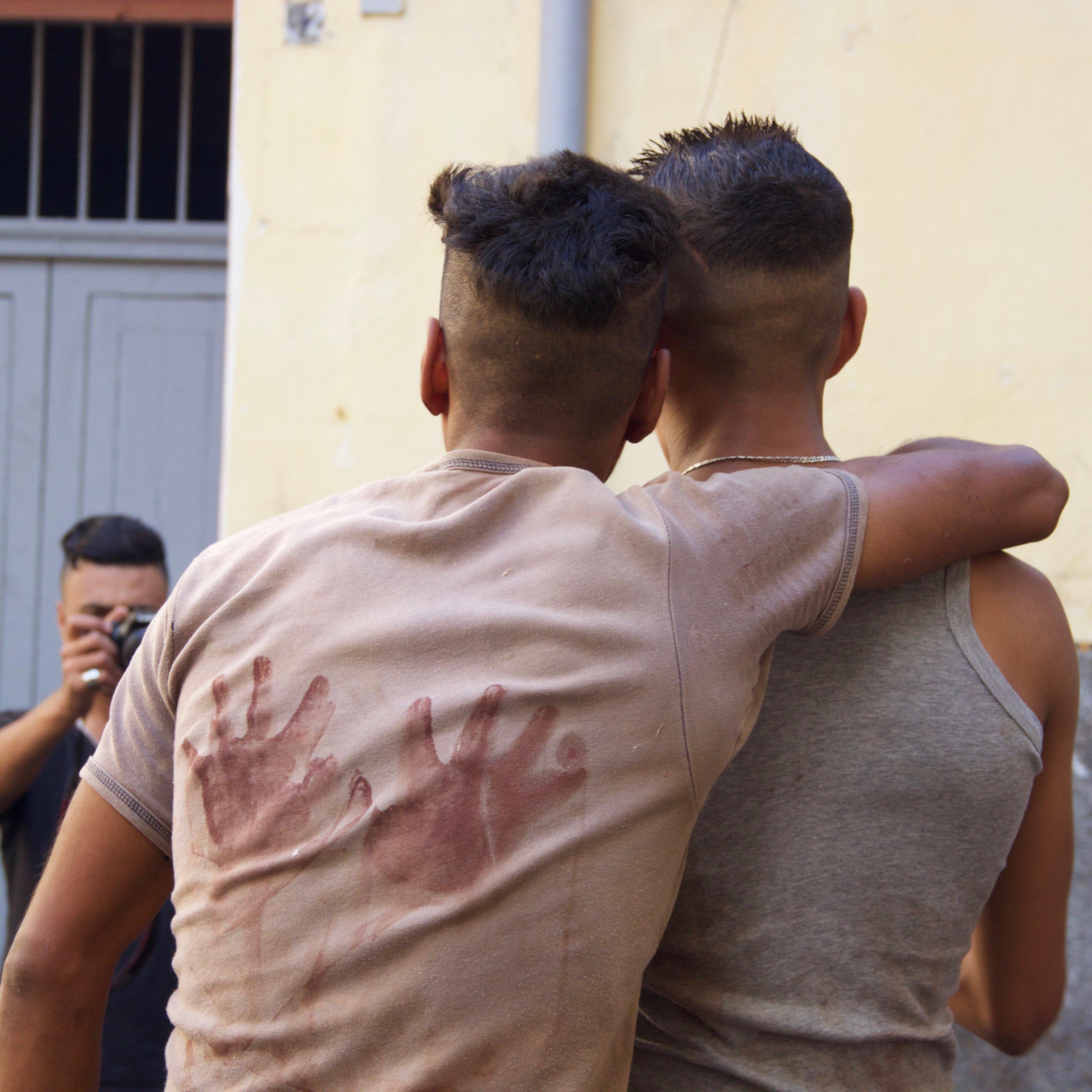 """Avec """"Tanjawi"""", Omar Mahfoudi questionne l'amitié masculine dans la société marocaine"""