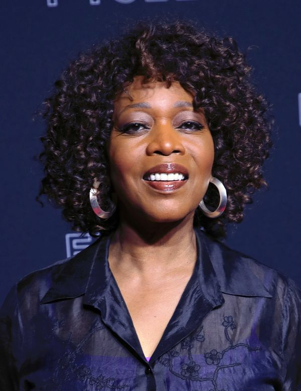 Alfre Woodard's full, natural curls are absolutely beautiful.
