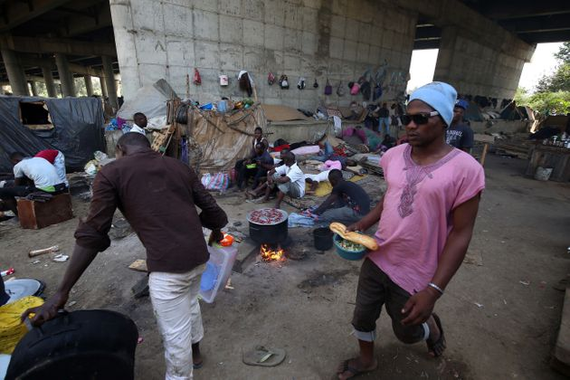 Migrants: l'Algérie exprime sa ''désapprobation'' des propos