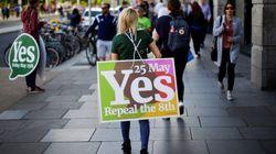 «Ναι» στις αμβλώσεις με 68% ψήφισαν οι Ιρλανδοί σύμφωνα με το exit