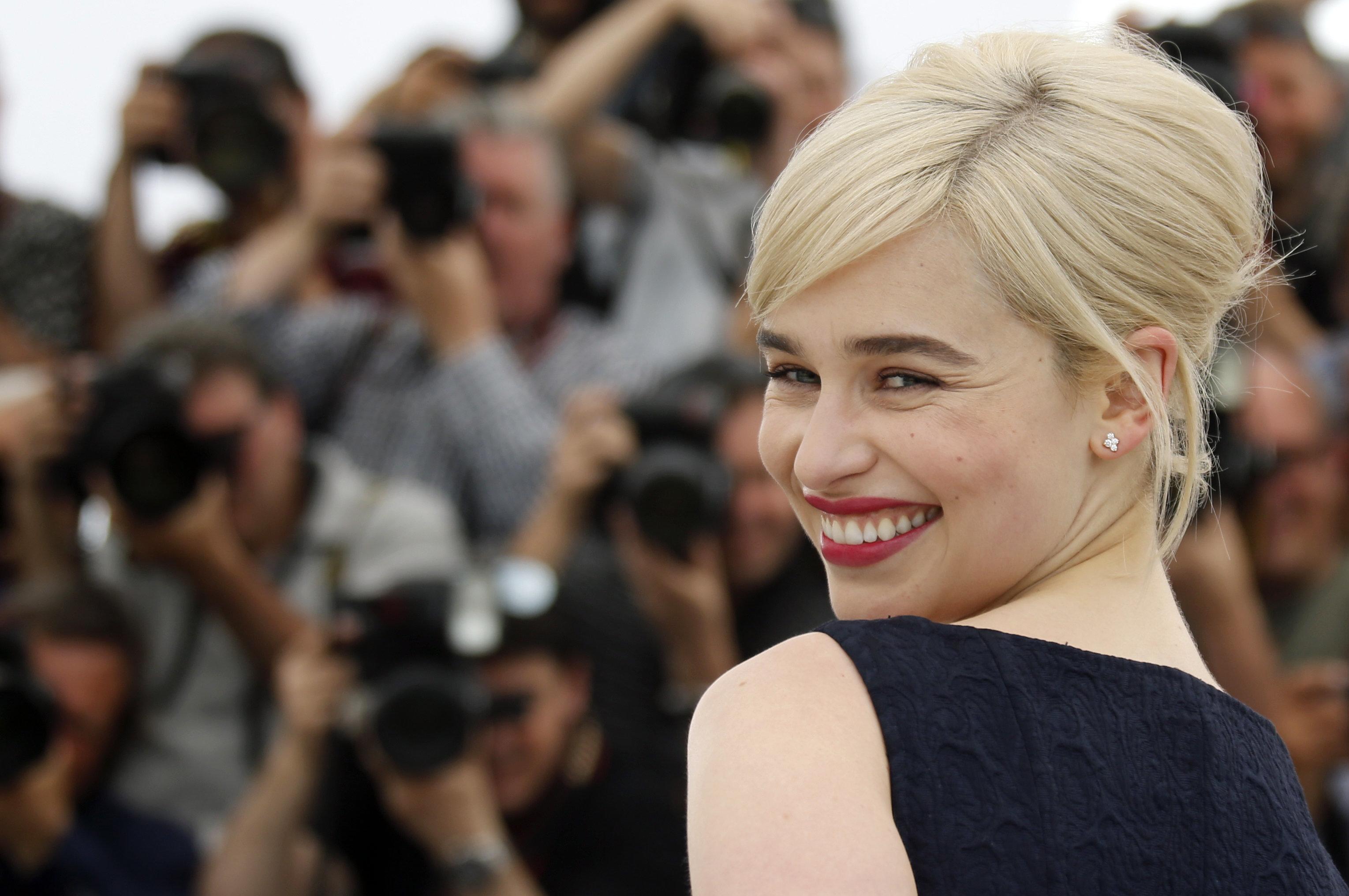 Η Emilia Clarke αποκαλύπτει τους φόβους της για την τελευταία σκηνή του «Game of Thrones»